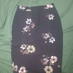 Who What Wear Pencil Skirt Floral Midi Size 2